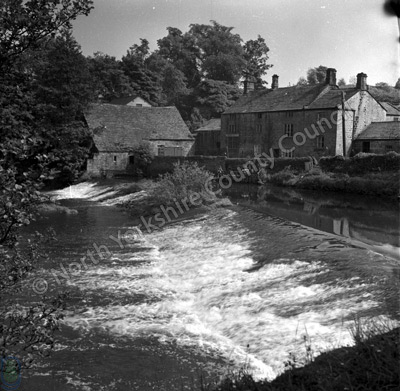 River Nidd, Killinghall Mill and Weir